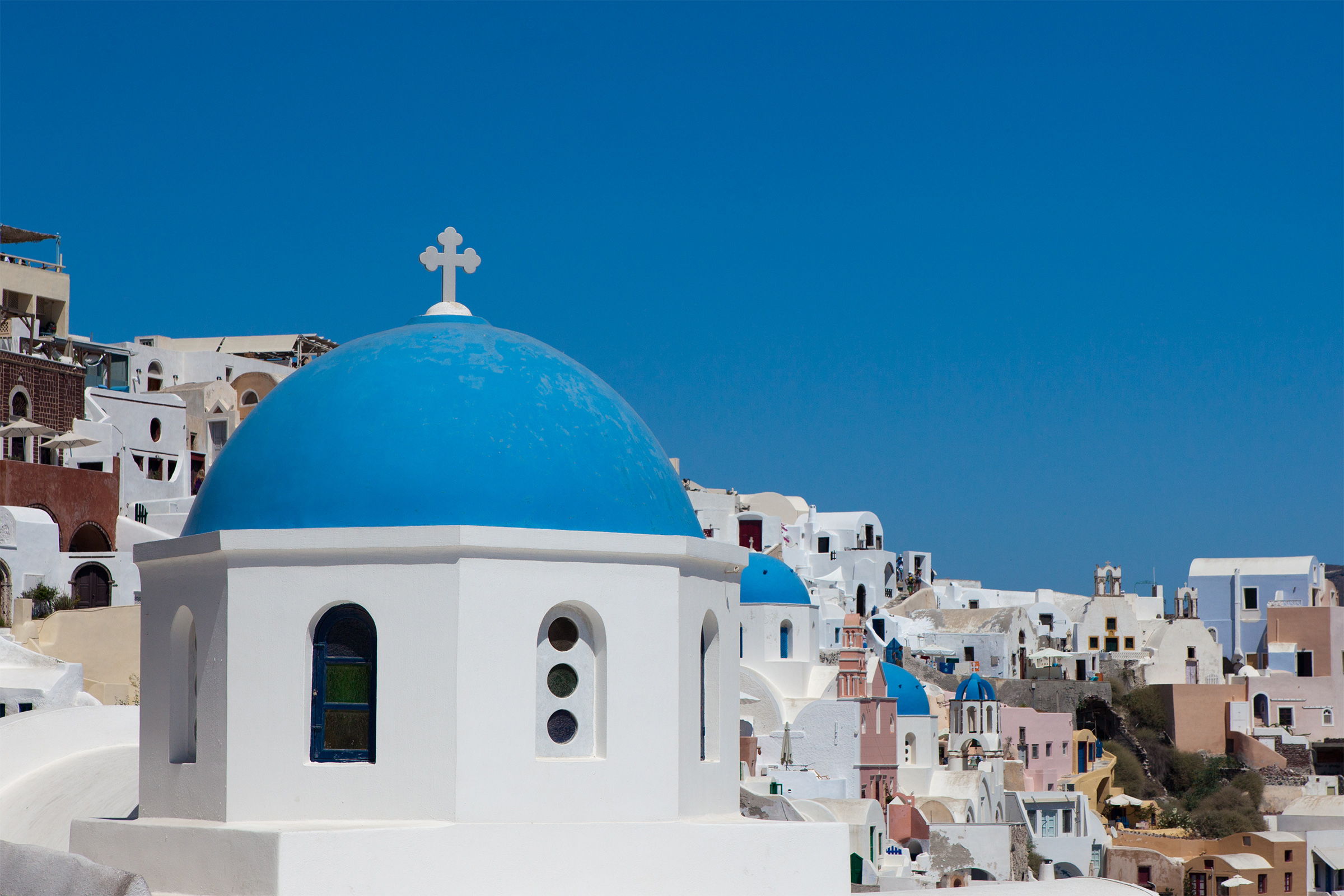 Greece: A surprisingly good 2016 performance